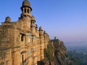 Madhya-Pradesh-Tourist-places copy